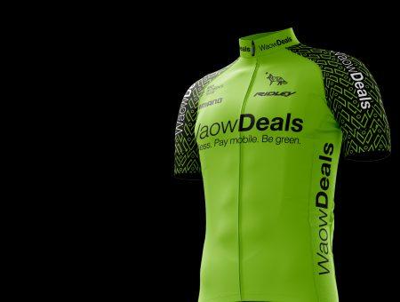 Giessegi e La Vos con il team WaowDeals Pro Cycling