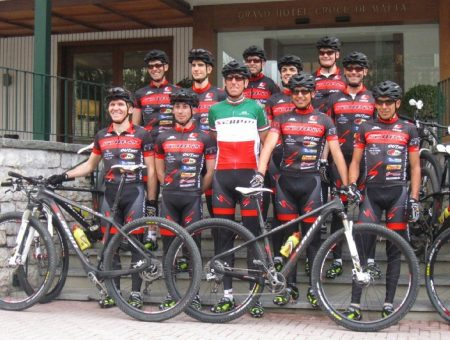 Acqua & Sapone team ready to start Tirreno Adriatico Race